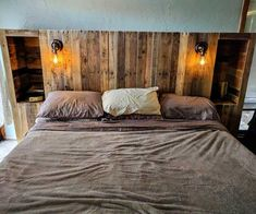 DIY Pallet Wood Headboard with Light Lamps and Storage Options - 40 Pallet Headboard Ideas to DIY for Your Beds - DIY & Crafts Gorgeous diy headboard ideas.