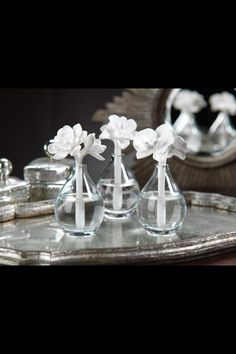 Elegant and unique fragrance diffusers. Using reeds or porcelain, the diffusers draw attention and draw in oil from beautiful glass jars and diffuse the fragrance throughout the room. Reed Diffuser Oil, Candle Diffuser, Aroma Diffuser, Essential Oil Diffuser, Essential Oils, Home Spray, White Orchids, Ceramic Flowers, Home Fragrances