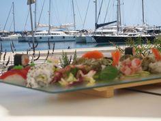Offu Sushi Bar, Premià de Mar - Opiniones, Número de Teléfono & Fotos - TripAdvisor Sushi, Barcelona Restaurants, Bean Stew, Ratatouille, Red Wine, Lamb, Seafood, Spicy, Diet