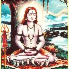 According to Hindu Mythology chanting of Gorakhnath Mantra regularly is the most powerful way to please God Gorakhnath and get his blessing. Hindu Deities, Hinduism, Ganesh Aarti, Shiva Yoga, Krishna Bhajan, Famous Saints, Shiva Lord Wallpapers, Lord Shiva Painting, Hindu Mantras