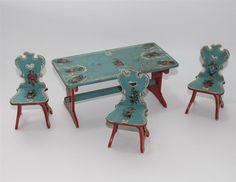 alter bäuerlicher Bauernmöbel Tisch mit 3x Stuhl für Puppenstube #F302