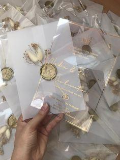 Cute Wedding Ideas, Wedding Goals, Perfect Wedding, Fall Wedding, Our Wedding, Unique Wedding Themes, Gift Wedding, Wedding Rings, Acrylic Wedding Invitations