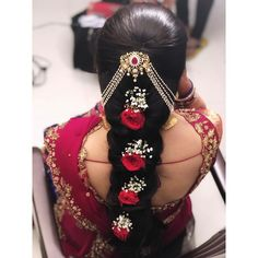 Stylish Wedding Hairstyle Ideas For Indian Bride - Indian Fashion Ideas Bridal Hairstyle Indian Wedding, Bridal Hair Buns, Bridal Hairdo, Short Wedding Hair, Wedding Hairstyles For Long Hair, Short Hair, Lehenga Hairstyles, Indian Hairstyles, Bride Hairstyles
