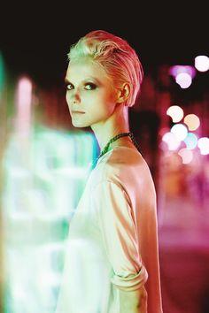 Nora Vai / One Management Hair & Makeup by Kaori Chloe