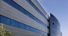 Pareti ventilate e facciate ventilate per edifici commerciali. Informazioni e vantaggi delle pareti ventilate e del rivestimento esterno di pareti in gres porcellanato Fiandre