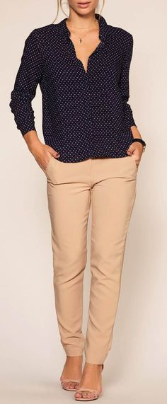 Are Khakis Business Casual – Work Fashion Casual Work Outfits, Business Casual Outfits, Work Attire, Work Casual, Cute Outfits, Cute Business Casual, Outfit Work, Pretty Outfits, Mode Ab 50