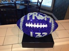 Adorable for a football girlfriend/boyfriend couple. Especially when girls ask guys. I AM SO DOING THIS. :D