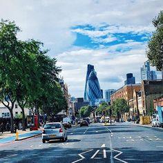 Laila-Jean, The juxtaposition of city life. #London