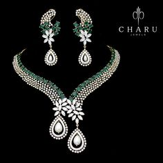 Blending of #Diamond and #Emerald in the #crafting of #traditional #Indian #jewelery from the Master #designing #team of #charu #jewels
