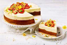 Suklainen appelsiinimoussekakku No Bake Desserts, Dessert Recipes, Pie Recipes, Summer Cakes, Piece Of Cakes, Chocolate Recipes, Food Inspiration, Yummy Treats, Mousse