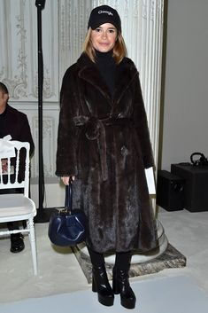 Miroslava Duma attends the Giambattista Valli Haute Couture Spring Summer 2017 show as part of Paris Fashion Week on January 23 2017 in Paris France Fur Fashion, Daily Fashion, Winter Fashion, Fashion Outfits, Paris Fashion, Haute Couture Fashion, Miroslava Duma, Mantel, Winter Outfits