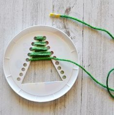 Christmas Tree We make beautiful crafts for Christmas. HOW TO MAKE YOUR OWN HANDS tree? Continuing fashion for Christmas trees, crafts, hand made. At each store counter at every office desk can now observe a mini-symbols of New Year and Christmas holidays. A house without this nice character just can not imagine. In order to make this Christmas tree will not be difficult. What we need to prepare? Be sure to thread the dense green, plastic tray (for single use), punch The pictures shown in…