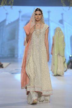 Pakistani Couture Bridal Fashion 2014 - by Sana Abbas #shaadibazaar #pakistani