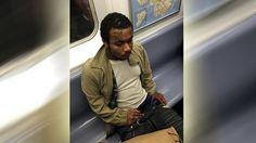 """NUEVA YORK - La policía busca a un hombre que fue grabado masturbándose en un vagón del tren suterráneo en Brooklyn. Las autoridades indicaron que el sujeto tiene tatuado """"Team USA"""" en el rostro y viajaba este domingo por la tarde en un tren número 2 con destino a Manhattan cuando ocurrió el incidente. El…"""