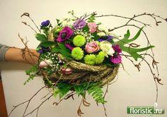 702 x 495 ( Prom Flowers, Flowers For You, Unique Flowers, Wedding Flowers, Birthday Bouquet, Modern Flower Arrangements, Bride Bouquets, Grapevine Wreath, Event Design