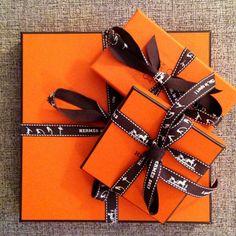 Happiness is...orange boxes. #tistheseason #giftshopping #holidayshopping #giftwrap #orange #ribbon #bows #allIwantforchristmas #hermes