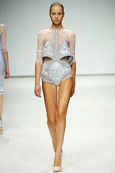 Louise Goldin's Sports Medicine-Inspired Spring 2009 Collection (GALLERY)