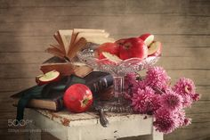 Apples and Chrysanthemums by NikolayPanov