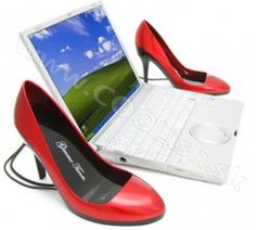 high heel speakers - Incorporate a little fashion into your technology with these high heel speakers -- and no, these red stilettos aren't for your feet. Pumps, Shoes Heels, Usb Speakers, Red Stilettos, Unique Gadgets, Vr Headset, Little Fashion, Computer Accessories, Girly Things
