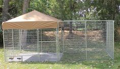 16 ideas diy dog kennel outdoor how to build for 2019 Extra Large Dog House, Large Dog Crate, Large Dogs, Dog Kennel And Run, Diy Dog Kennel, Kennel Ideas, Outdoor Dog Runs, K9 Kennels, Dog Enclosures