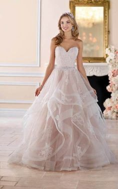 203d6ed03b27 Tips for Selecting the Perfect Quinceanera Dress. The most crucial element  of a quinceanera for a girl is her gown!