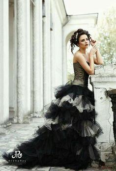 Steampunk Wedding, Gothic Wedding, Witch Wedding, Wedding Bells, Bridal Gowns, Wedding Gowns, Fancy Gowns, Fantasy Wedding, Black Wedding Dresses