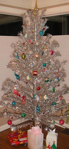 Aluminum Christmas Tree with color wheel light. Of all the ...