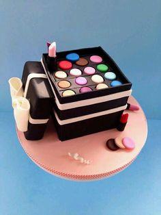 41 Best Makeup Bag Cakes Images Fondant Cakes Makeup Cakes