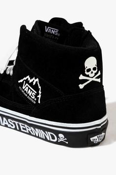 mastermind JAPAN Vans Mountain Edition Black 2017 November Release Date Info Sneakers Shoes Footwear Drop Suede Hot Shoes, Crazy Shoes, Me Too Shoes, Custom Made Vans, Custom Shoes, Mens Vans Shoes, Vans Men, Casual Sneakers, White Sneakers