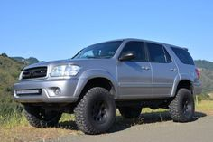 The Toyota Sequoia is a Full-Size SUV Derived from the Popular Tundra and is Lots of Fun to Modify. Here are 10 Lifted Sequoias to Prove it! Toyota Girl, Toyota 4x4, Toyota 4runner, Ford Ranger Truck, Lifted Ford Trucks, Pickup Trucks, Off Road Truck Racing, Lexus 4x4, Cafe Racer Handlebars