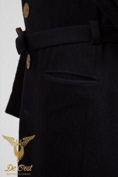 94cfcff6c8f Klassieke Brtise Overjassen Tailor Made Heren Wol — De Oost Bespoke  Tailoring persoonlijk gemaakte pakken jasjes en shirts voor dames en heren  in Amsterdam