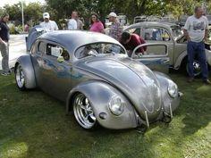 Vw Super Beetle, Vw Mk1, Hot Vw, Bug Car, Volkswagen New Beetle, Vw Classic, Busse, Vw Cars, Car Wheels
