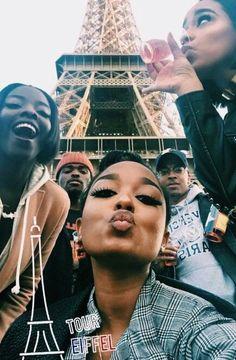 Black people in Paris 👋🏾👋🏿 Go Best Friend, Need Friends, Best Friend Goals, Bff Goals, Squad Goals, Black Love, Black Is Beautiful, Future Life, Bougie Black Girl