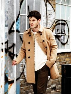 Iwan Rheon...I kno he luks hot in this....but I still think he is craaazy!!!