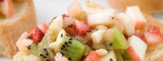 Bruschetta's hoeven niet altijd belegd te zijn met tomatensalsa of andere Mediterrane ingrediënten. Een Bruschetta met fruit kan ook enorm lekker zijn!