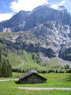 Rosenlaui valley - Switzerland http://www.flickriver.com/photos/rhinaixa/2613376377/
