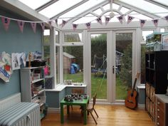 Picking Up the Best Conservatory Ideas to Make One for Yourself