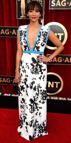 SAG 2015 Red Carpet Arrivals - Rashida Jones from #InStyle
