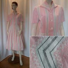 5e0c3f8b57cd Vintage retro sommarklänning rosa och vit randig bomull 50-tal