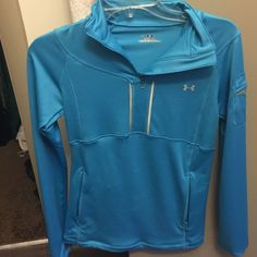 Under armor fitted jacket! Love the blue color, under armour jacket, has two side pockets, pocket on side of arm, absolutely beautiful. Brand new, never worn. Under Armour Jackets & Coats