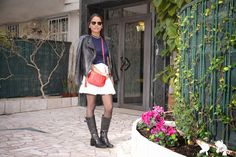 Dress & Pizzo: LOOK:SAIA BRANCA+BOTA DE CANO ALTO