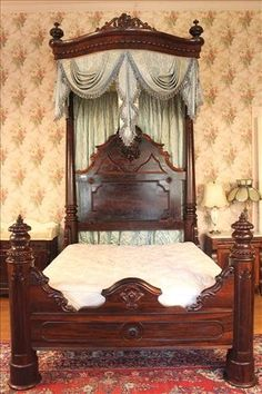 Rosewood half tester plantation bed, carving all original. Circa 1840.