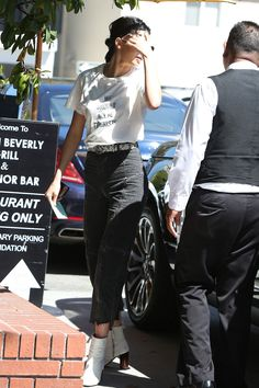 """"""" April 20, 2017 - Spotted heading to lunch at Honor Bar in Beverly Hills, CA """""""