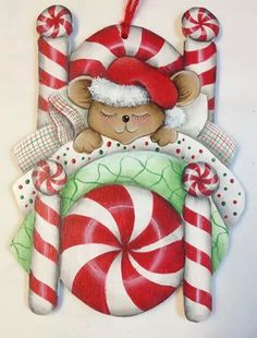 """""""Is this the cutest mouse you've ever seen?"""" Free Donna Hodson design"""