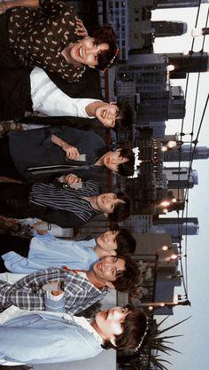 Foto Bts, Bts Taehyung, Bts Bangtan Boy, Bts Laptop Wallpaper, Wallpaper Notebook, Bts Beautiful, Bts Group Photos, Bts Aesthetic Pictures, Bts Korea
