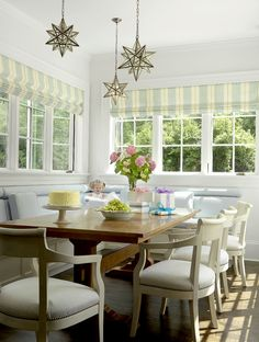 Family Home With Dreamy White Kitchen - Home Bunch - An Interior Design & Luxury Homes Blog