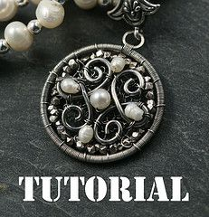 Gorgeous silver pendat w/pearls