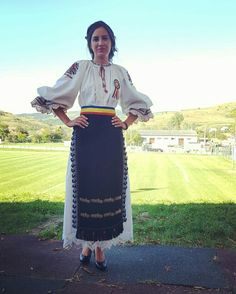 #romaniangirl #romania #ardeal #traditional #folclor #traditionalcostume #romania #transylvania #ATIF #costumpopular #popularart ❣ Amazing Places, Lace Skirt, Costume, Blouse, Sexy, Skirts, People, Beautiful, Fashion