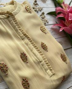 Neck Designs For Suits, Neckline Designs, Sleeves Designs For Dresses, Dress Neck Designs, Stylish Dress Designs, Stylish Kurtis Design, Simple Kurta Designs, New Kurti Designs, Kurta Designs Women
