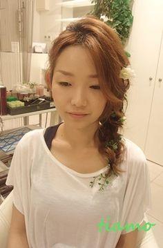 編み込みサイドダウンの可愛い花嫁さま♡リハ編  大人可愛いブライダルヘアメイク『tiamo』の結婚カタログ Ameba (アメーバ)